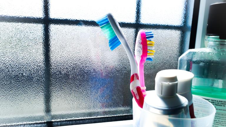 Помагат ли пастата за зъби и водата за уста срещу COVID-19