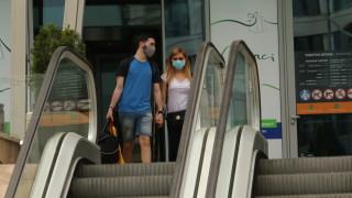 РЗИ-София написа 70 акта за неспазване на мерките в молове и дискотеки