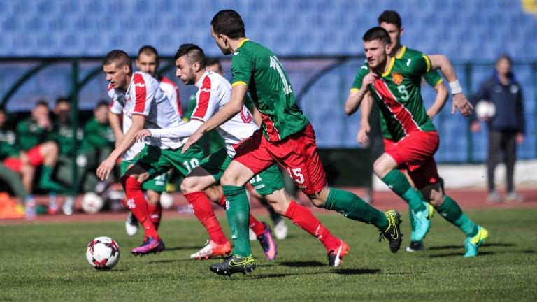 """Тони Здравков събира """"трикольорите"""", ще ги готви за мач с Македония"""