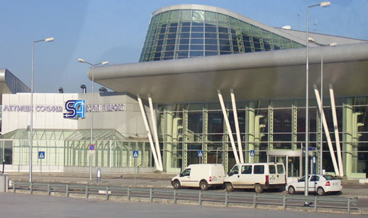 Новият терминал на летище София протече