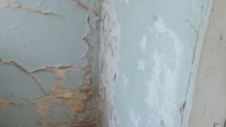 Вътрешното отделение на МБАЛ-Ботевград се руши