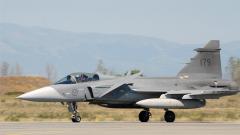 Saab очакват разговори с България за изтребителите Gripen през есента