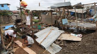 Тайфун опустоши столицата на Филипините