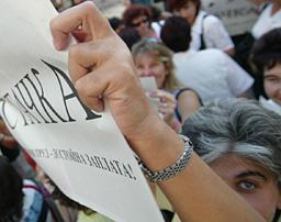 Учители и горски от Бяла блокираха пътя София-Русе