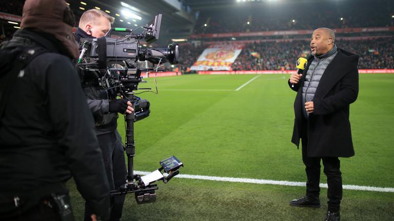 Легендата Джон Барнс иска сезонът в английското първенство да бъде