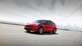 Tesla се срина с 11% след пореден слаб отчет