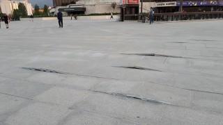 Плочките пред НДК не издържаха до края на европредседателството