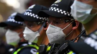 В Австралия възстановяват ограничения след 25 нови случая в събота