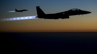 """""""Ислямска дъражва"""" свали боен самолет в Сирия"""