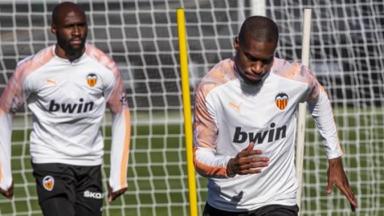 Халфът на Валенсия Жофри Кондогбия няма да играе в следващите