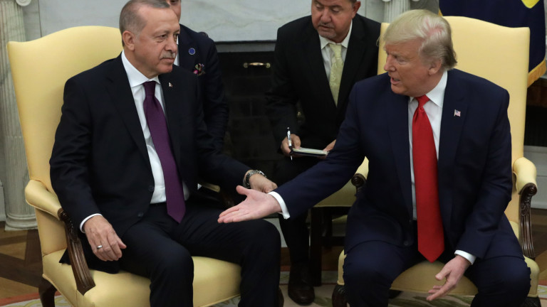 Турция няма да иска разрешение от САЩ за получаване на още С-400 от Русия