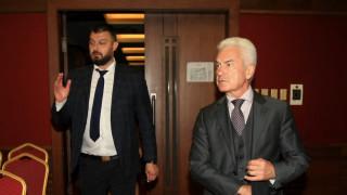 Бареков продължава преговори със Сидеров за евровота