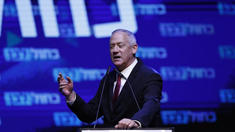 Бившият началник на въоръжените сили на Израел Бени Ганц поведе
