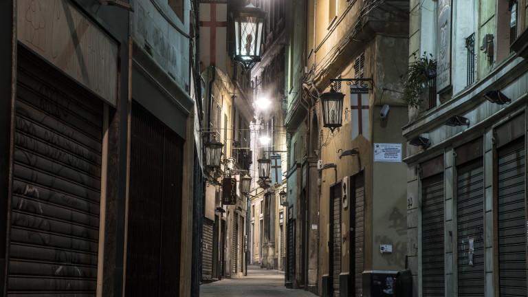 Италия в понеделник блокадата на страната поне до средата на
