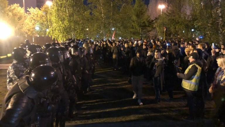 Екатеринбург протестира срещу възстановяването на църква