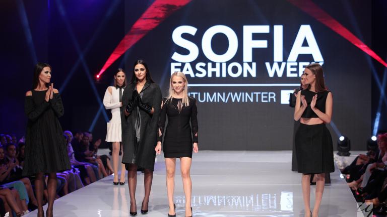 Дъщерята на Жени Живкова направи дебют като дизайнер (СНИМКИ)