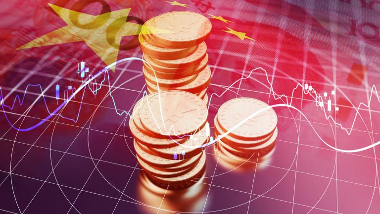 Китайските инвестиции в чужбина спадат втора година поред