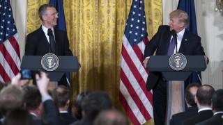 Шефът на НАТО имал пълно доверие на страните членки относно споделянето на секретно инфо
