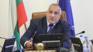 Борисов се сравни с Камерън и Ренци