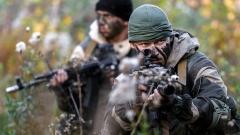 """Русия """"дрънка оръжие"""" по границата с Украйна"""
