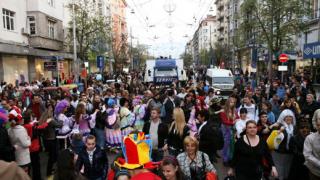 С латино парад в центъра на София започна Фанта Салса Фестивал-а (галерия)