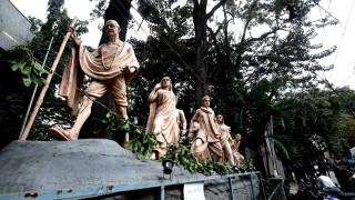 Откраднаха пепел от Махатма Ганди и оскверниха снимки за 150-ия му рожден ден
