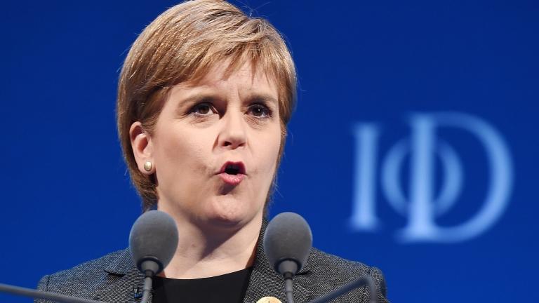 Снимка: Шотландците: Тереза Мей ще слуша, само ако сме съгласни с нея