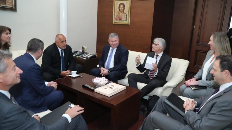 Борисов: От 2018 г. увеличаваме разходите за отбрана