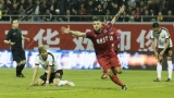 Валери Божинов игра 78 минути при реми за Мейджоу Хака