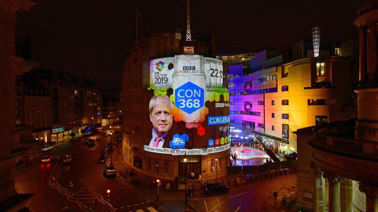 Приключиха проведените в четвъртък предсрочни парламентарни избори във Великобритания. Край