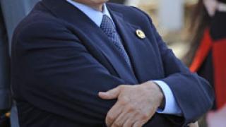 Манекенка призна, че е правила стриптийз пред Берлускони