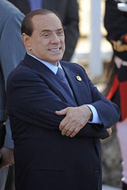 Арестуват човек на Берлускони за връзки с мафията