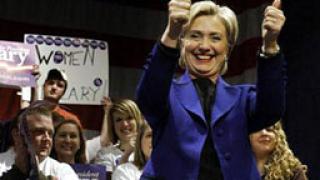 Хилари води с 27 делегати пред Обама