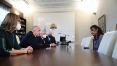 Правителството пое ангажимент да транспортира останките на Скатов