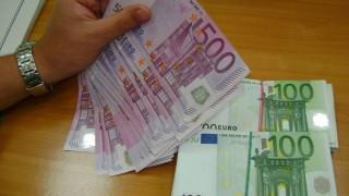 Откриха 50 000 евро в джобове на дрехи при проверка на МП Малко Търново