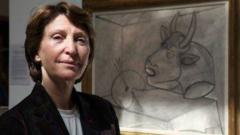 Марина Пикасо продава творби на дядо си и вилата му в Кан