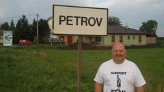 И чешкото селце Петров подкрепя Стенли