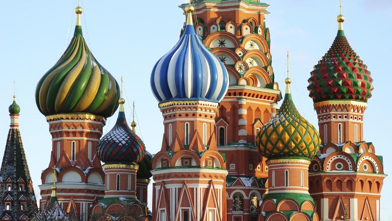 Русия: Оставаш без шофьорска книжа, ако си алкохолик или наркоман