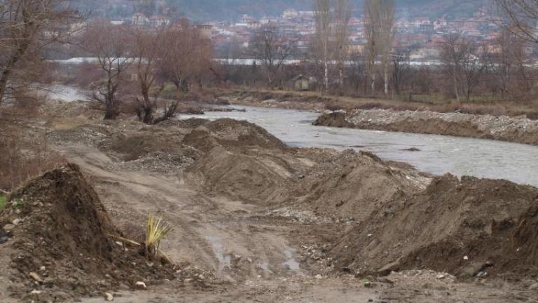 Биоразнообразието на р. Струма – заплашено заради аварията в шламохранилището на Перник