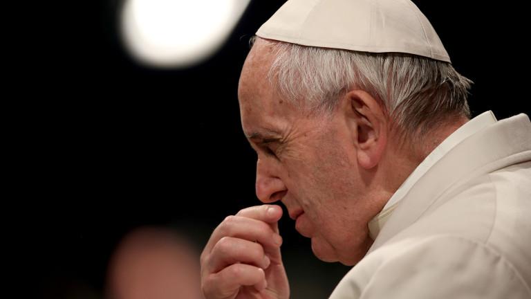 Папата излиза извън Рим за първи път от началото на пандемията