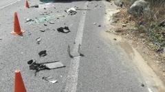 Кола се удари в 2 автобуса с деца до село Антон