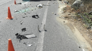 Забавено е движението между Айтос и Карнобат, турски тираджия се удари челно в наш ТИР