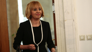 Мая Манолова зове Фандъкова да излезе в отпуск