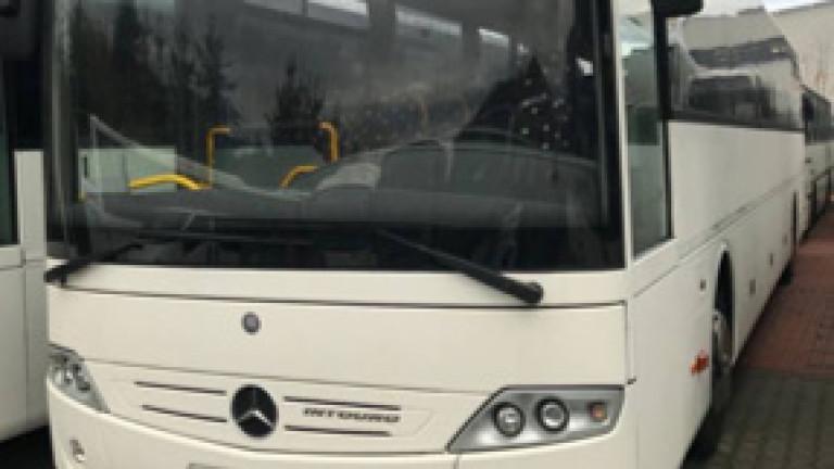 Автобус на градски транспорт във Варна прегази крака на пенсионерка
