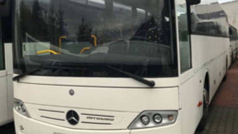 Осигурени са автобуси за временно спрените влакове на БДЖ