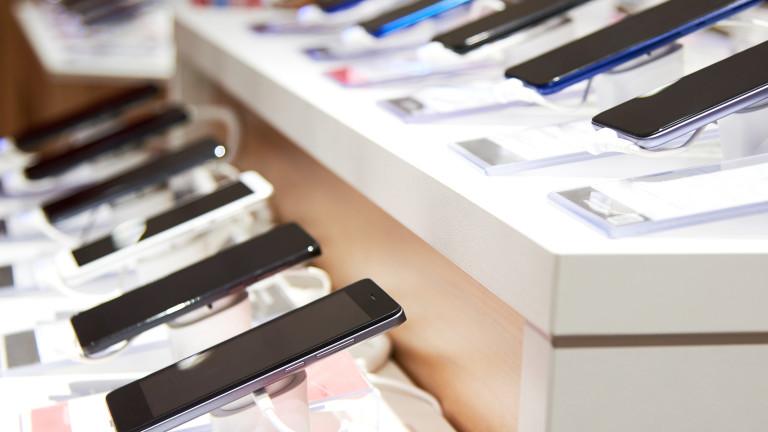 Малкият сегмент в производството на смартфони, направил семейство със 133% по-богато за година