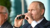 Путин се радва на нов изтребител и се прехласва по ВВС на Русия