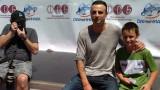 Димитър Бербатов облича екипа на Берое заради благотворителност
