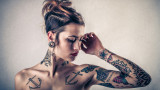 Дрехи вместо татуировки
