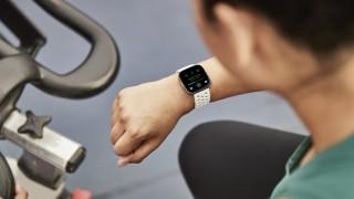 Компанията майка на Google иска да навлезе на пазара на смарт часовници и фитнес тракери